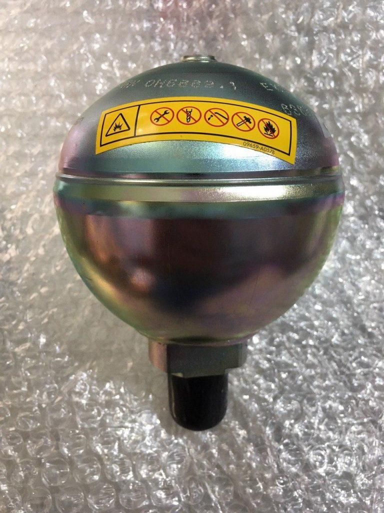 قطعات شیر کنترل کوماتسو اكومولاتور Pc400-7