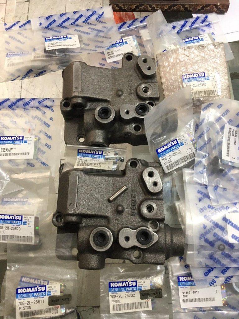 قطعات شيركنترل کوماتسو Pc400-6